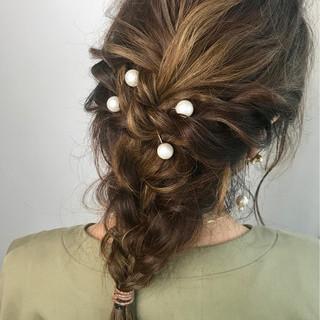ロング 編み込み 波ウェーブ ハイライト ヘアスタイルや髪型の写真・画像