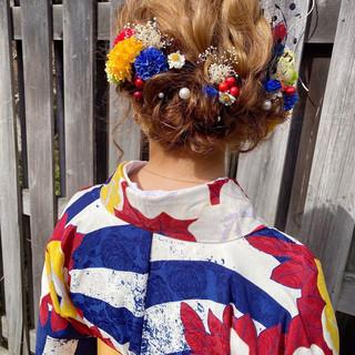 成人式ヘアメイク着付け ヘアアレンジ ガーリー アップスタイル ヘアスタイルや髪型の写真・画像