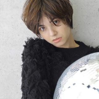 ショートヘア 秋冬スタイル うざバング ショート ヘアスタイルや髪型の写真・画像