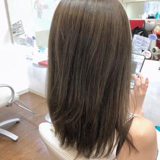 ミディアム イルミナカラー ハイライト 外国人風 ヘアスタイルや髪型の写真・画像