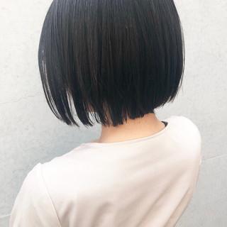 ボブ ミニボブ ナチュラル ストレート ヘアスタイルや髪型の写真・画像