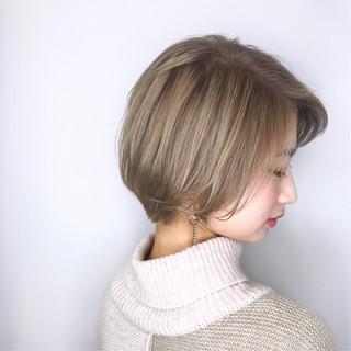 ミニボブ ナチュラル アンニュイほつれヘア デート ヘアスタイルや髪型の写真・画像
