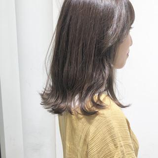 セミロング フェミニン オフィス ヘアアレンジ ヘアスタイルや髪型の写真・画像
