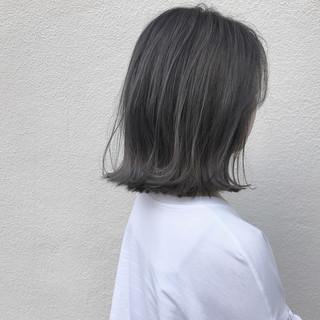 ハイライト ナチュラル 切りっぱなし ボブ ヘアスタイルや髪型の写真・画像