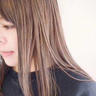 ミルクティーグレージュ ボブ グレージュ ミルクティーベージュ ヘアスタイルや髪型の写真・画像