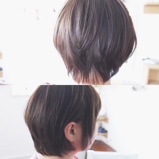 小顔 アッシュ グレージュ ナチュラル ヘアスタイルや髪型の写真・画像 ヘアスタイルや髪型の写真・画像