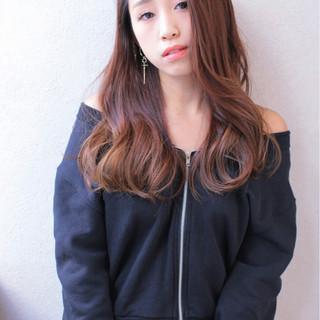 ガーリー ロング ゆるふわ 大人かわいい ヘアスタイルや髪型の写真・画像 ヘアスタイルや髪型の写真・画像