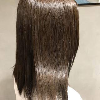 ナチュラル ストレート ミディアム 艶髪 ヘアスタイルや髪型の写真・画像 ヘアスタイルや髪型の写真・画像