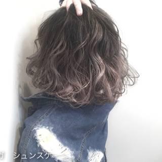 外国人風 ボブ ストリート 黒髪 ヘアスタイルや髪型の写真・画像