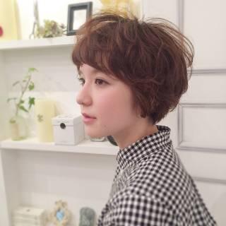 マルサラ おフェロ シースルーバング ショート ヘアスタイルや髪型の写真・画像