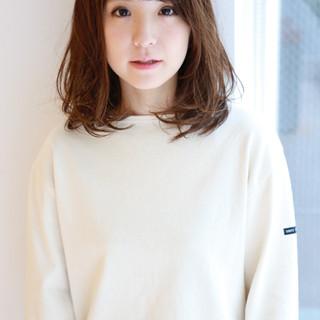 前髪あり 外国人風 色気 パーマ ヘアスタイルや髪型の写真・画像