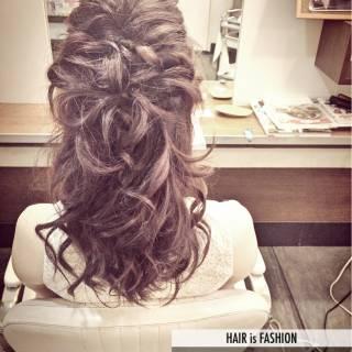 ナチュラル ヘアアレンジ ルーズ 大人かわいい ヘアスタイルや髪型の写真・画像