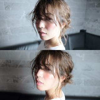 簡単ヘアアレンジ フェミニン ミディアム ヘアアレンジ ヘアスタイルや髪型の写真・画像