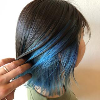 ストリート ターコイズ ターコイズブルー インナーカラー ヘアスタイルや髪型の写真・画像