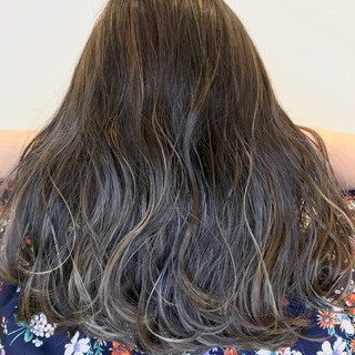 外国人風 ハイライト ロング ネイビー ヘアスタイルや髪型の写真・画像