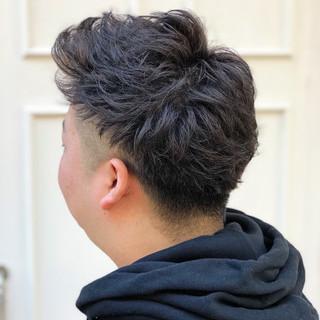 ショート ストリート ブリーチ イルミナカラー ヘアスタイルや髪型の写真・画像