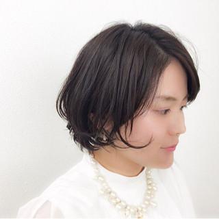 ウェットヘア ナチュラル 暗髪 リラックス ヘアスタイルや髪型の写真・画像