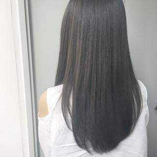 大人かわいい 透明感 グレージュ フェミニン ヘアスタイルや髪型の写真・画像