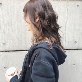 インナーカラー ロング ロングヘア ウルフカット ヘアスタイルや髪型の写真・画像