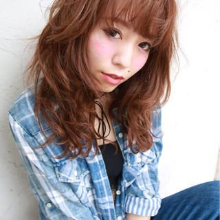 ゆるふわ フェミニン 外国人風 ストリート ヘアスタイルや髪型の写真・画像