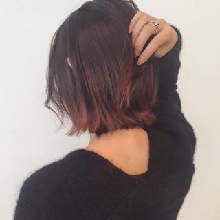 切りっぱなし 外国人風 モード インナーカラー ヘアスタイルや髪型の写真・画像 ヘアスタイルや髪型の写真・画像