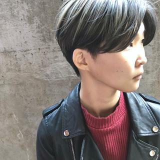 グレージュ ショートボブ ショートヘア ミニボブ ヘアスタイルや髪型の写真・画像