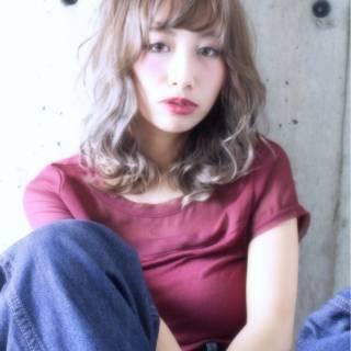 ゆるふわ シースルーバング ミディアム 大人かわいい ヘアスタイルや髪型の写真・画像