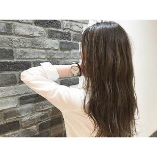 ブラウン グラデーションカラー ストリート ウェットヘア ヘアスタイルや髪型の写真・画像