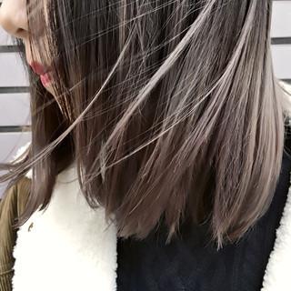 色気 ミルクティー ストリート グレージュ ヘアスタイルや髪型の写真・画像 ヘアスタイルや髪型の写真・画像