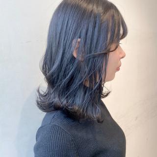 ブルージュ ナチュラル ミディアム 切りっぱなしボブ ヘアスタイルや髪型の写真・画像