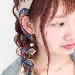 フェミニン ルーズ ヘアアレンジ 大人かわいい ヘアスタイルや髪型の写真・画像