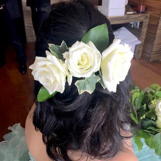 セミロング ブライダル 花 結婚式 ヘアスタイルや髪型の写真・画像