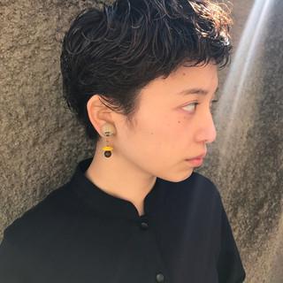ベリーショート ショート モード 黒髪 ヘアスタイルや髪型の写真・画像
