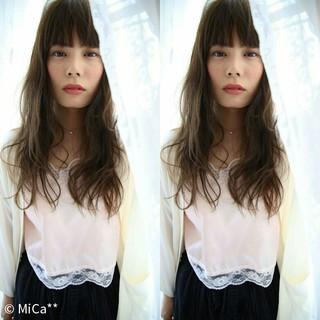 外国人風 大人かわいい アッシュ ゆるふわ ヘアスタイルや髪型の写真・画像