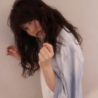 外国人風 ロング 大人かわいい 暗髪 ヘアスタイルや髪型の写真・画像