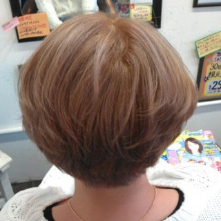 ガーリー 外国人風 ミルクティー ハイトーン ヘアスタイルや髪型の写真・画像