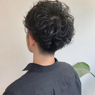 ショート パーマ メンズパーマ メンズショート ヘアスタイルや髪型の写真・画像