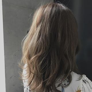 女子力 フェミニン ハイライト ゆるふわ ヘアスタイルや髪型の写真・画像