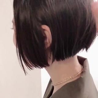前下がりショート ナチュラル ショート 大人ショート ヘアスタイルや髪型の写真・画像