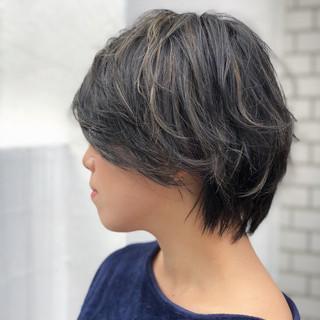 ハイライト 透明感 ナチュラル ショート ヘアスタイルや髪型の写真・画像 ヘアスタイルや髪型の写真・画像