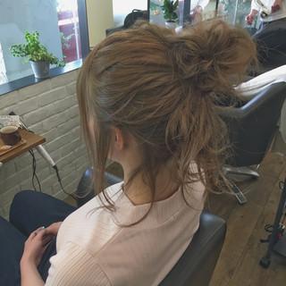 ショート 簡単ヘアアレンジ ルーズ 女子会 ヘアスタイルや髪型の写真・画像