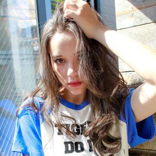 アッシュ ストリート 外国人風カラー グレージュ ヘアスタイルや髪型の写真・画像