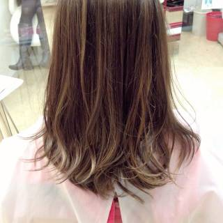 アッシュ ロング ストリート ガーリー ヘアスタイルや髪型の写真・画像