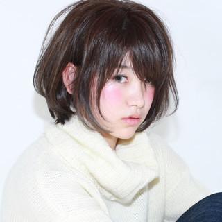 イルミナカラー ショート 暗髪 黒髪 ヘアスタイルや髪型の写真・画像