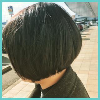 ナチュラル ショート アッシュ 黒髪 ヘアスタイルや髪型の写真・画像