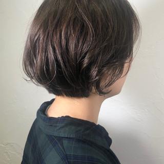 ナチュラル ショート イルミナカラー ショートヘア ヘアスタイルや髪型の写真・画像