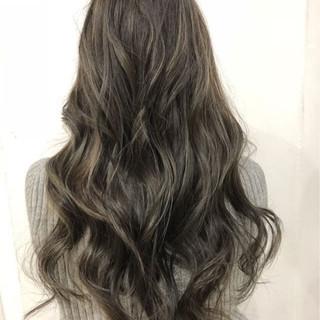 ハイライト イルミナカラー ロング 外国人風カラー ヘアスタイルや髪型の写真・画像