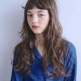 アッシュベージュ モテ髪 ガーリー 愛され ヘアスタイルや髪型の写真・画像