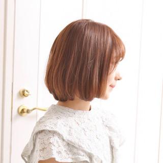 ナチュラル 巻き髪 内巻き ブラウン ヘアスタイルや髪型の写真・画像