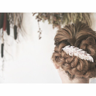ロング 結婚式 編み込み パーティ ヘアスタイルや髪型の写真・画像